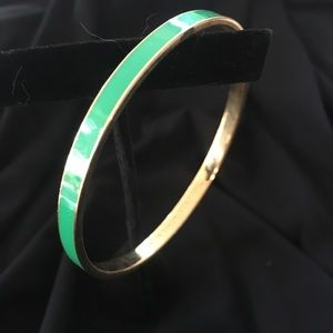 Kate Spade green bangle. Never worn.